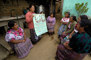 Maya women learn about savings and their rights