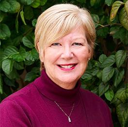 Dr. Tori Smit